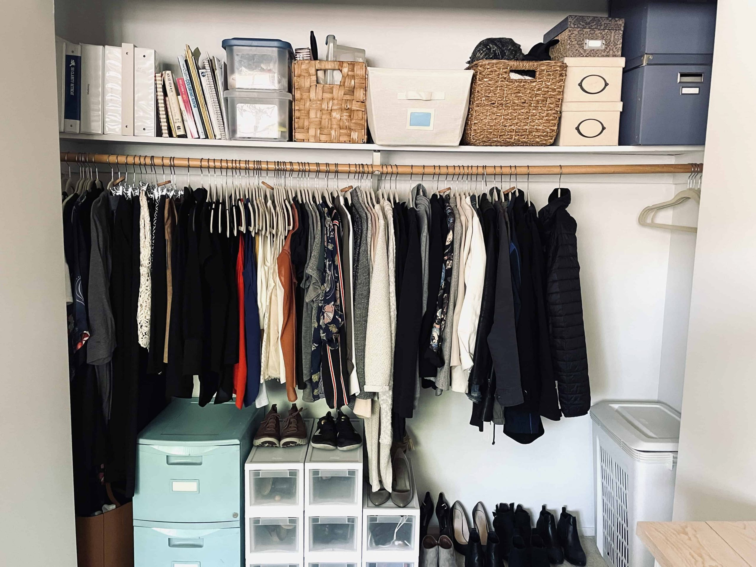 How to organize your closet | Made of lovely